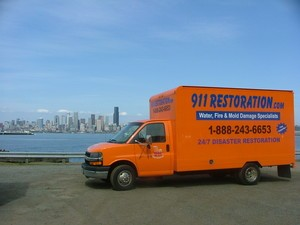 911 Restoration Chicago | Beach and Truck